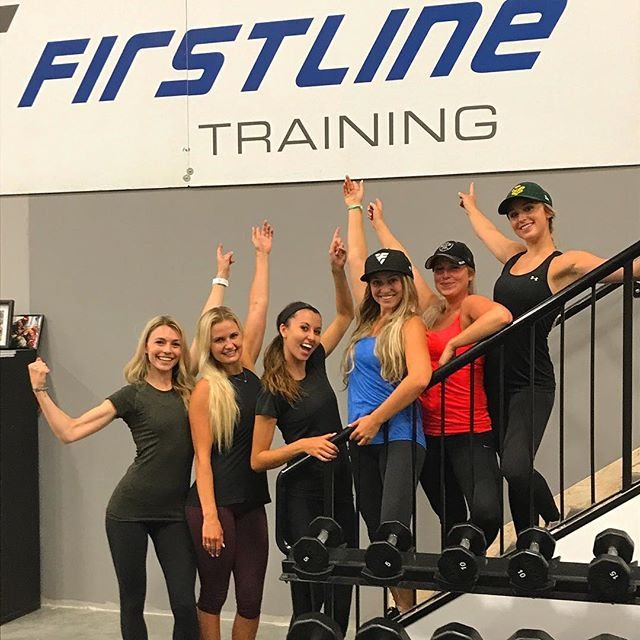 Soon to be Mrs.Pysyk @oakleymay came by the gym tonight with her besties for a fun pre shower workout with @drock2309 Great job Ladies! Enjoy the Weekend!