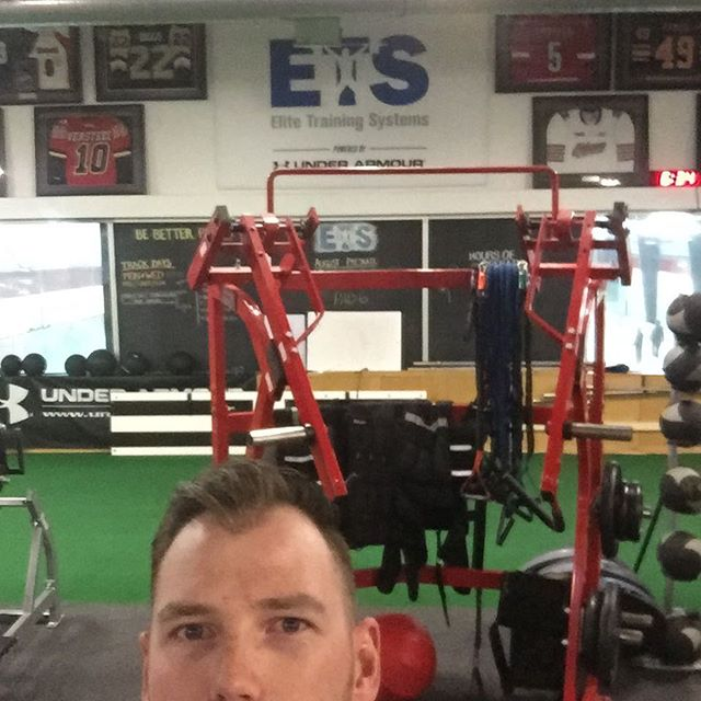 When in Whitby! Stopped by @teamets to check it out. Thanks to the boys for showing me around. I'll catch @fitzgeraldets in Anaheim in the winter.